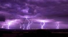 Έχω παρακολουθήσει πάρα πολλές καταιγίδες, αλλά αυτό που είδαμε στην περίπτωση της Χαλκιδικής δεν το έχω ξαναδεί